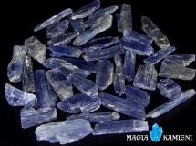 Kyanit ( Cyjanit, Dysten )  - wielkość od 20 do 30 mm