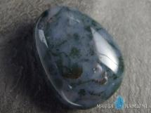 Agat mszysty w kształcie kropli - kamień  z otworem - wisiorek